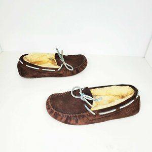 UGG Dakota S/N 5133 Brown Sheepskin Lined Moccasin
